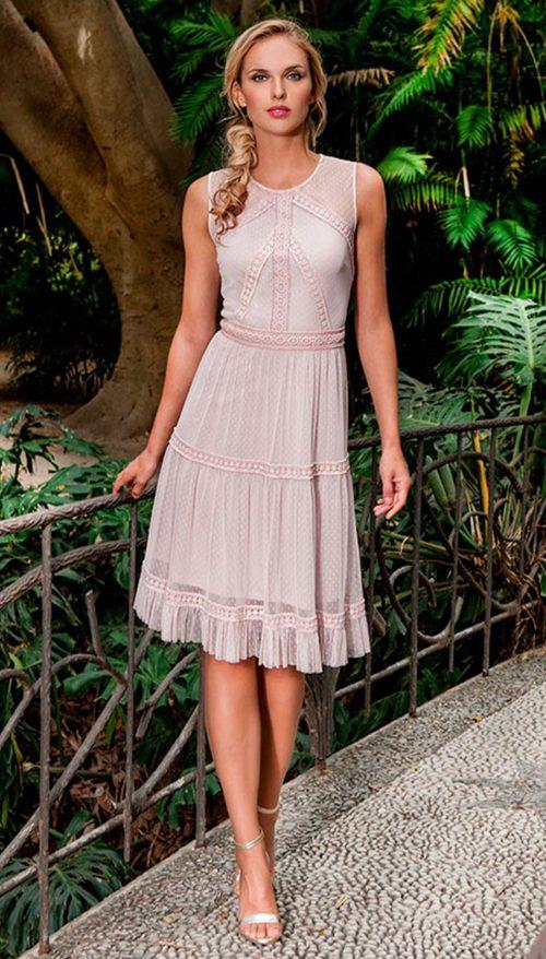 0ff815a52 Vestido corto plumeti Olimara color rosa