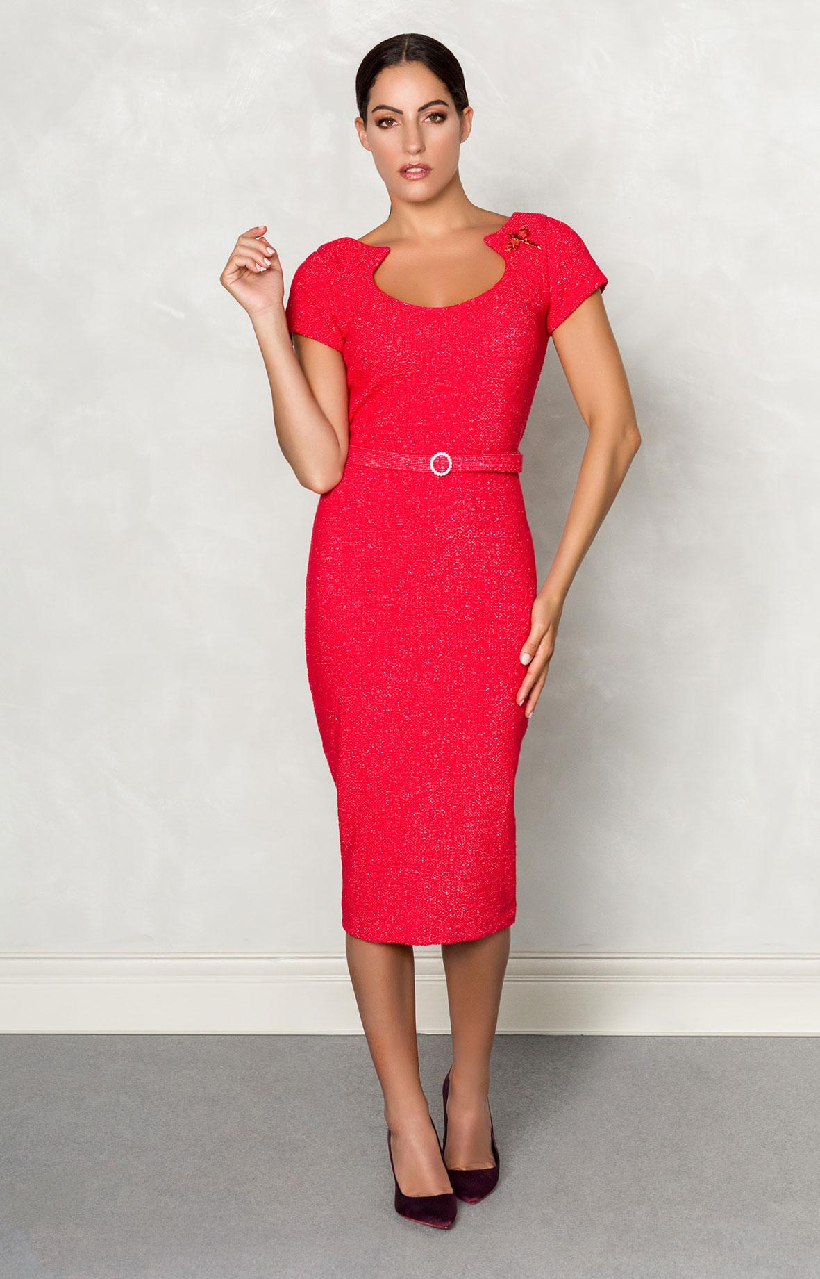 Vestido nuribel corto chanel con cuello a la caja abierto rojo 154