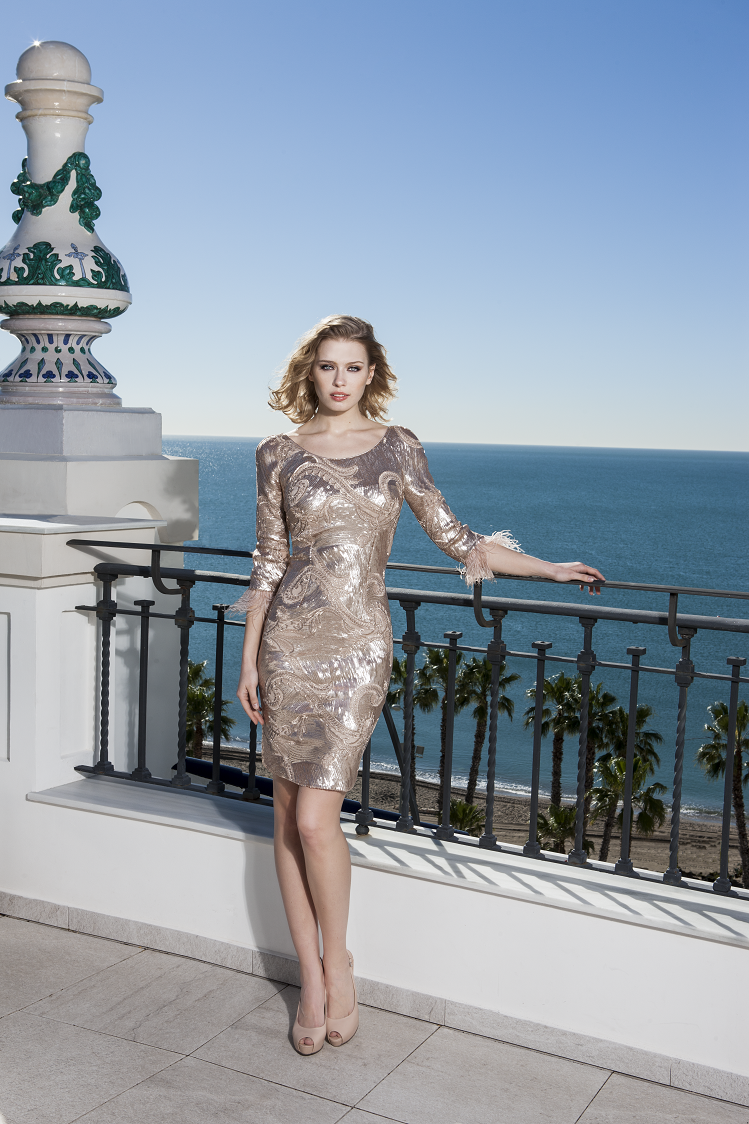 vestido color champán